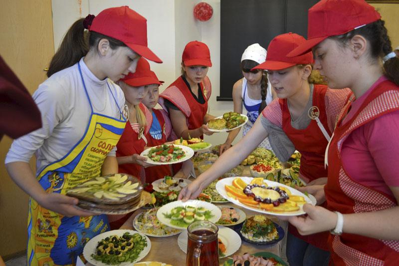 Конкурс кулинарного мастерства в школе
