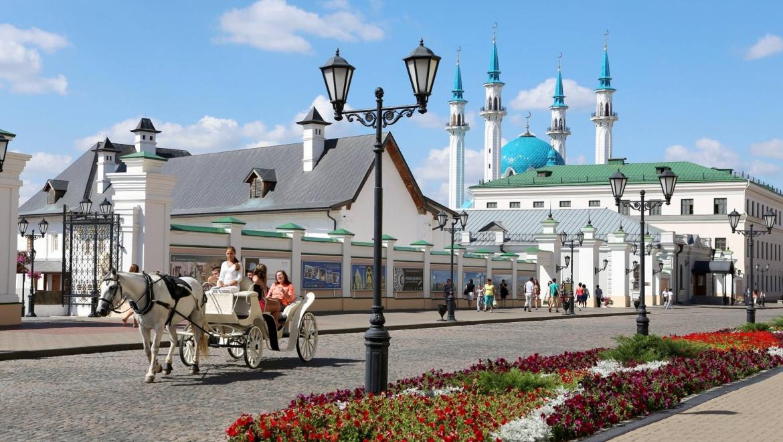 Туристы чаще всего фотографируют в Казани мечеть Кул Шариф, Кремль и улицу Баумана