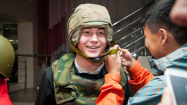 Оренбуржье приняло участников окружного финала военно-спортивной игры «Зарница Поволжья - 2015»