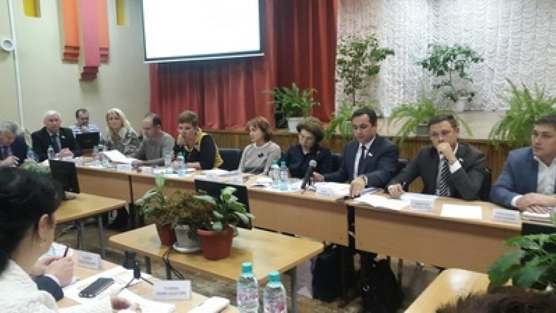 Депутаты Казгордумы обсудили здоровье школьников