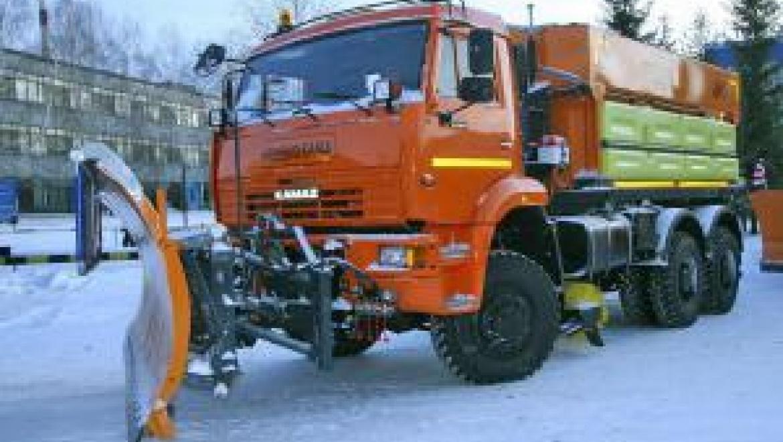 В уборке улиц Казани сегодня задействовано 387 дорожных рабочих и 231 единица спецтехники