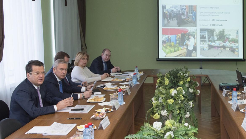 Оборот розничной торговли в Советском районе за минувший год составил 144,8 млрд. рублей