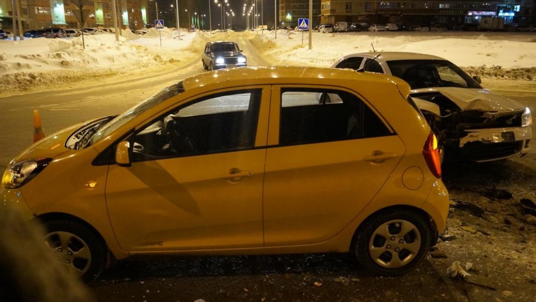 ДТП на ул. Салмышской: 8-летний пассажир госпитализирован