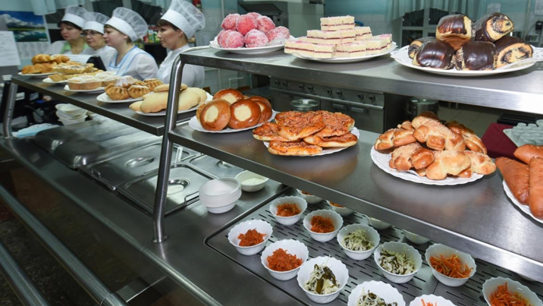 Стоимость двухразового горячего питания в школах Казани выросла на 12 рублей