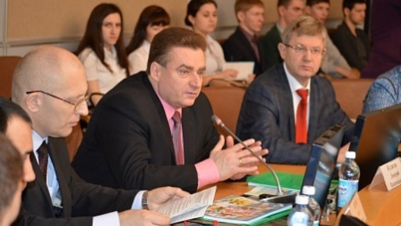 В Оренбурге обсудили пути углубления евразийской интеграции