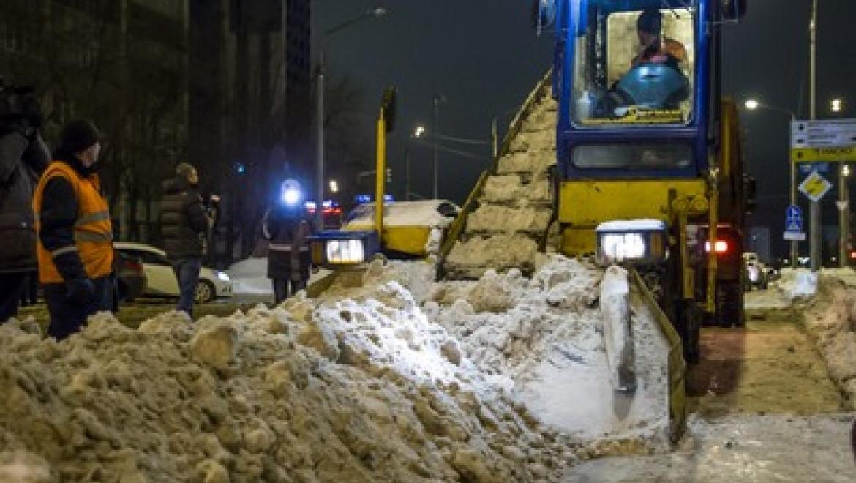 За минувшие сутки с улиц Казани вывезли почти 5 тыс. тонн снега