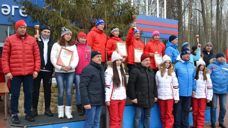 Сборная Исполкома Казани заняла второе место в соревнованиях по лыжным гонкам