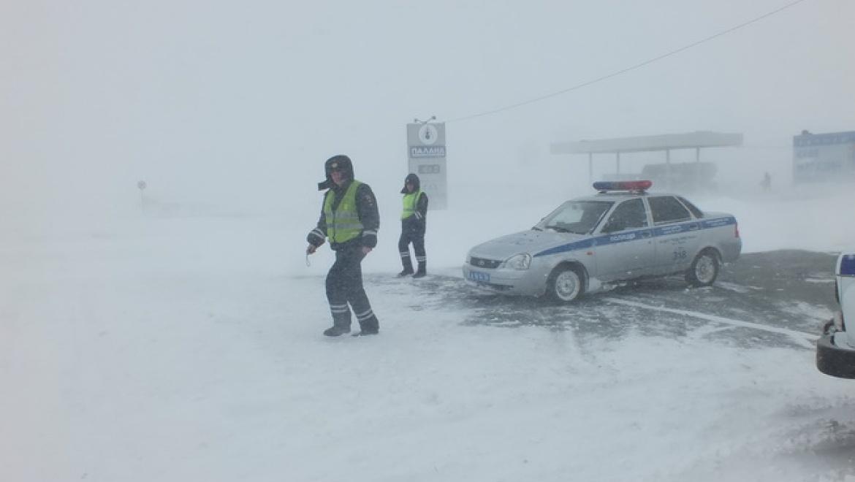 80 водителей обратились за помощью во время режима ЧС