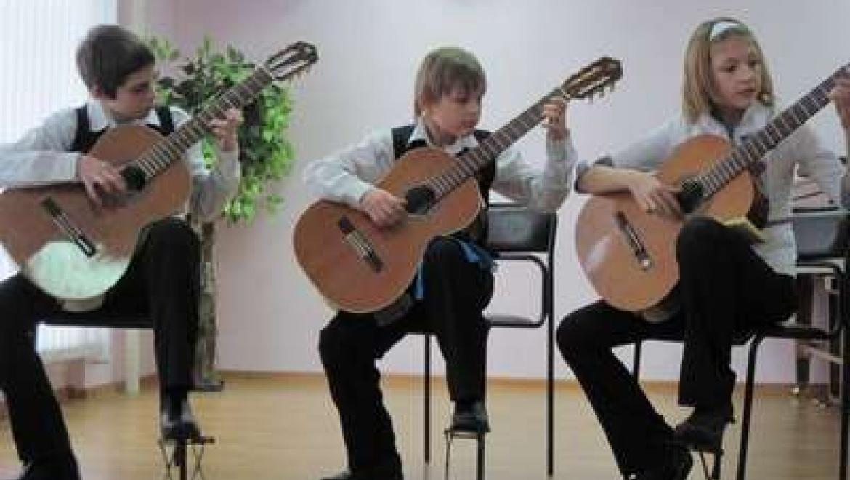 Более 70 юных гитаристов соревновались на Республиканском конкурсе в Казани