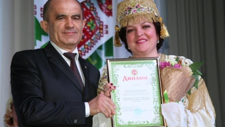 Учитель из Казани победила во Всероссийском конкурсе «Туган тел»