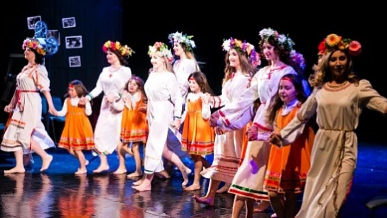 В Оренбурге с успехом прошла премьера благотворительного киноспектакля «О главном»