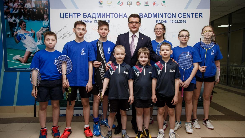 Ильсур Метшин дал старт турниру по бадминтону на кубок Мэра Казани