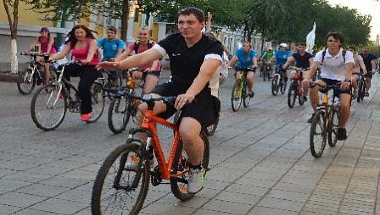 Молодежь Оренбурга поддержала форум «Евразия» массовым велопробегом