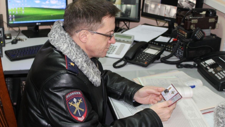 Главный полицейский проверил работу сотрудников в Новосергиевском районе