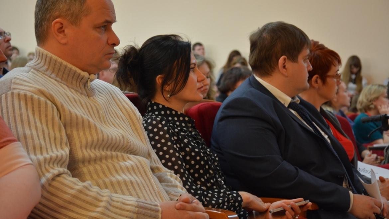 В Оренбурге дали старт открытой архитектурной сессии «Городское пространство: создаем комфорт»