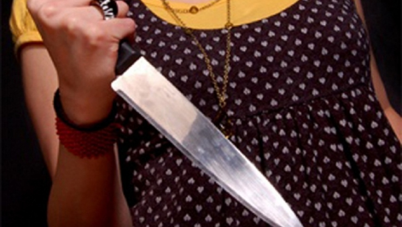 ВОрске беременная девушка ножом порезала своего гражданского мужа