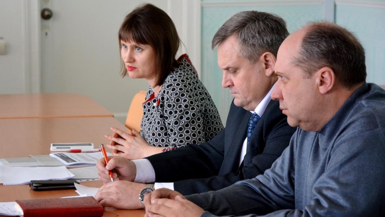 В Орске и Медногорске обсудили изменения законодательства в сфере оплаты ЖКУ