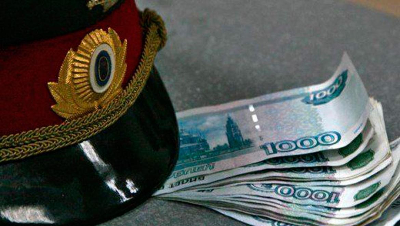 ВОренбурге полицейский вымогал устажера 100 000  руб.  заудачное трудоустройство