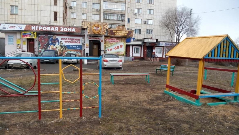 В Оренбурге приступили к реализации дизайн-проектов по благоустройству дворов