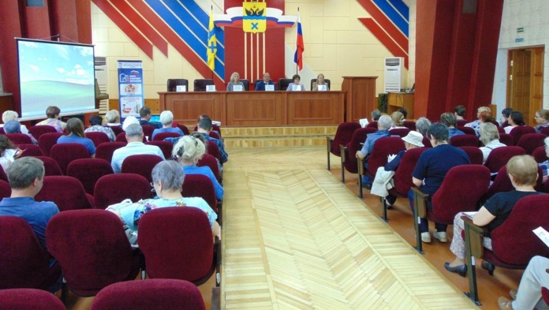 Прошел очередной семинар для старших по домам и подъездам