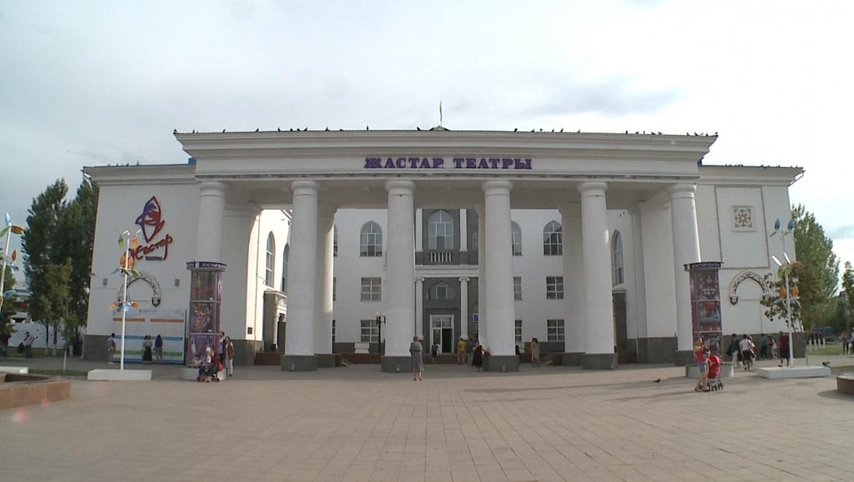 Оренбургскому драматическому театру аплодировали в Астане