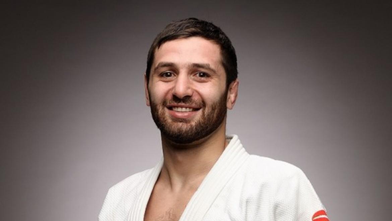 Роберт Мшвидобадзе утверждён в состав сборной России