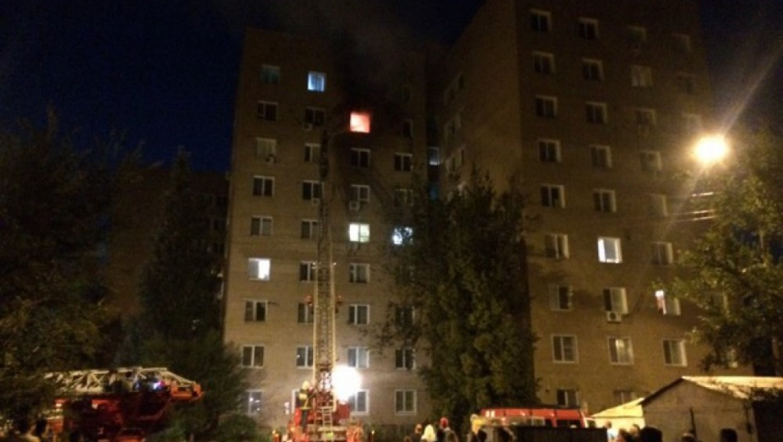 На Тихой загорелась квартира, спасены 7 человек