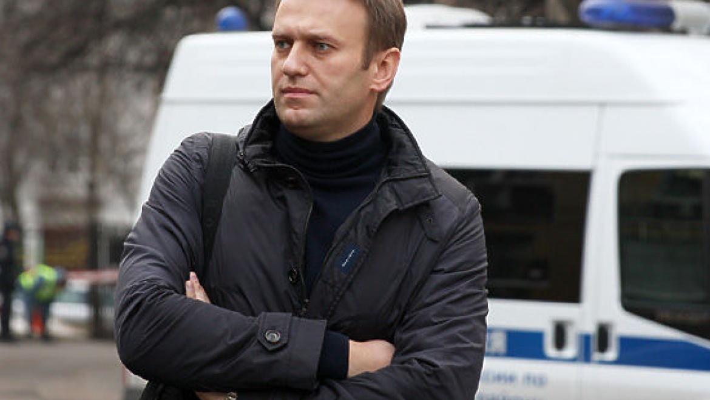 Навальный вместо оппозиции?