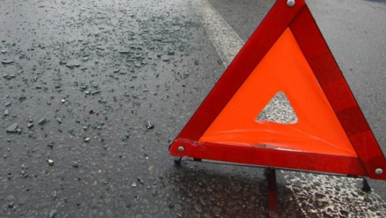 Погоня на проспекте Гагарина: автомобиль с водителем-нарушителем оказался на клумбе