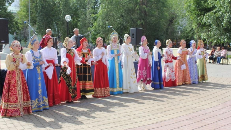 Оренбуржцев и гостей города приглашают на Площадь искусств