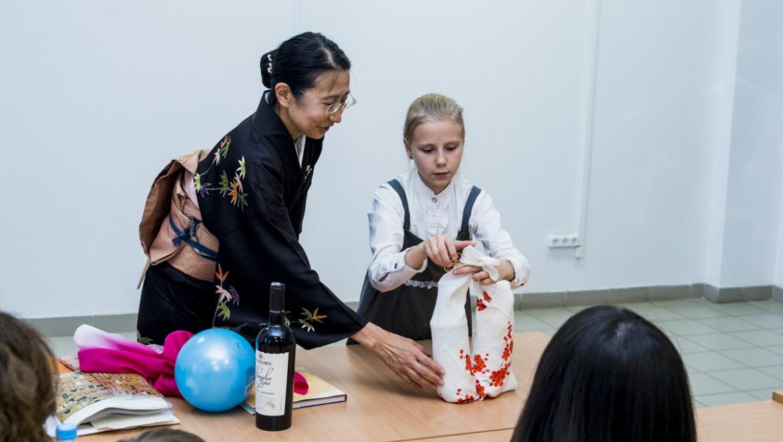 Мастера кэндзюцу и фуросики посвятили оренбуржцев  в таинства