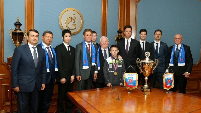 Оренбургскому клубу настольного тенниса «ФАКЕЛ-ГАЗПРОМ» - 16 лет