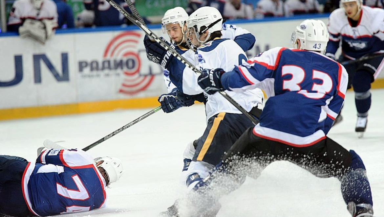 Оренбургский хоккейный клуб «Сарматы» провел очередные домашние поединки