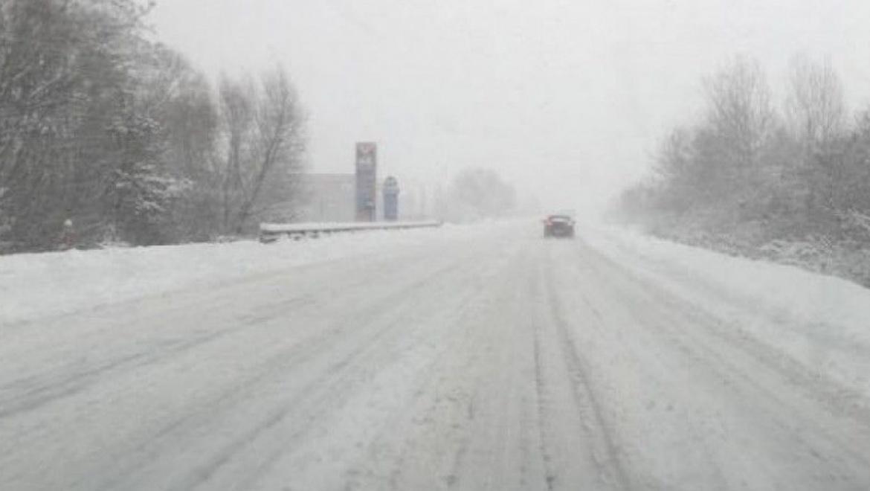 В Оренбургской и Самарской областях перекрывают трассы