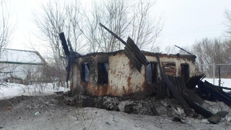 Шесть пожаров произошло в минувшие выходные