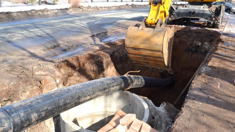 Водоканал продолжает ремонт сетей Оренбурга