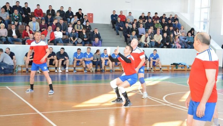 В Оренбурге состоялся турнир по волейболу, посвященный 300-летию российской полиции и 95-летию обществу «Динамо»