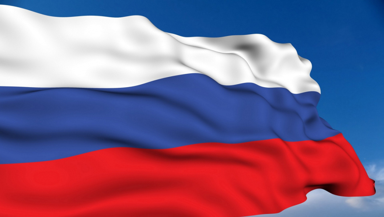 Губернатор Юрий Берг поздравил оренбуржцев с Днем России