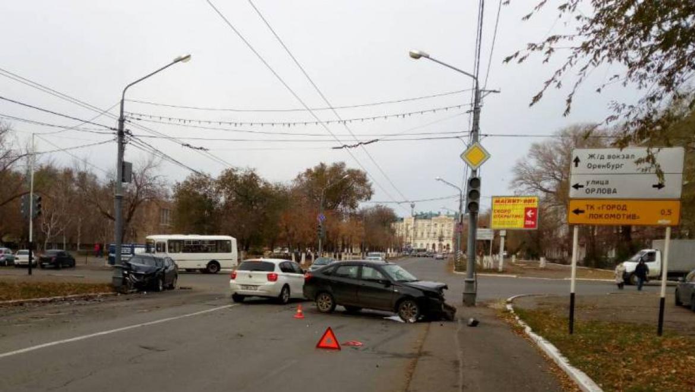 ДТП на улице Орлова