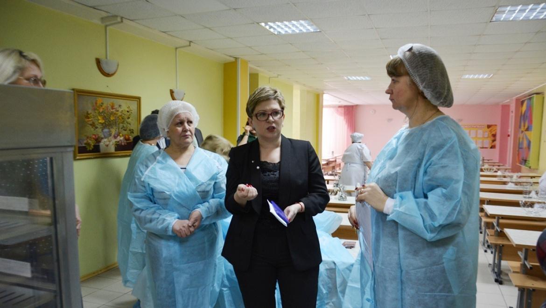 Проверка организации питания в школах Оренбурга