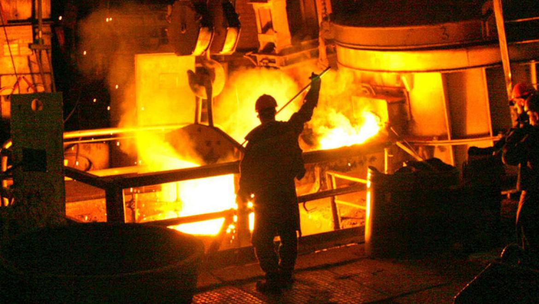 Светлинский ферроникелевый завод сокращает всех работников