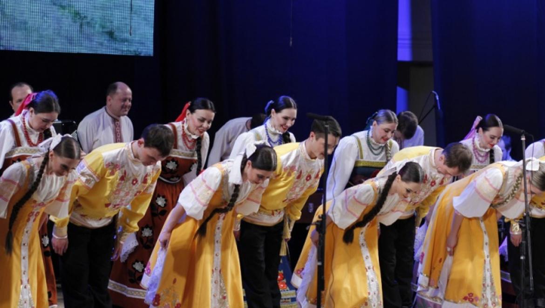 В Оренбурге прошел фестиваль «Оренбургский пуховый платок»
