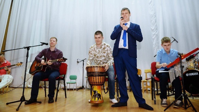 В Оренбурге состоялся концерт ребят с особенностями развития