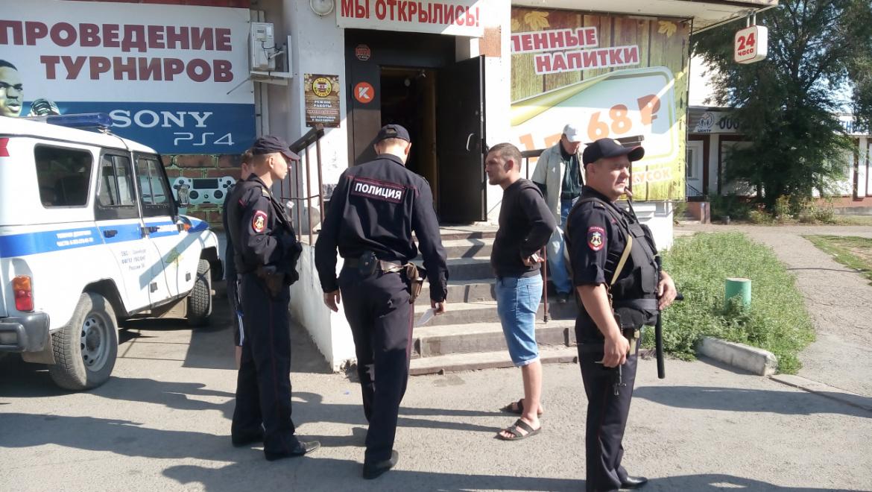 Полицейские Оренбурга задержали подозреваемого в разбойном нападении