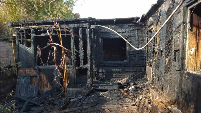 На пожарах в Орске и Бузулуке погибло четыре человека
