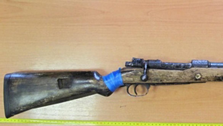 Сотрудники полиции изъяли ружье модели «Маузер»