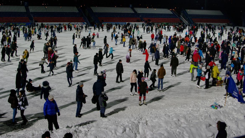 Ледовый каток «Оренбург» приглашает оренбуржцев