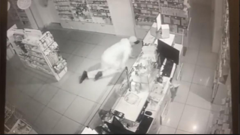 Хищение из аптеки было снято на видеокамеру