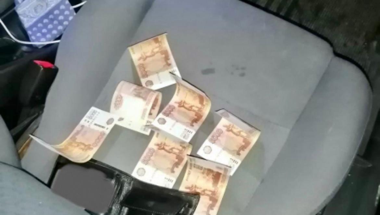 Сотрудниками полиции Оренбурга задержан подозреваемый в сбыте фальшивых денежных купюр