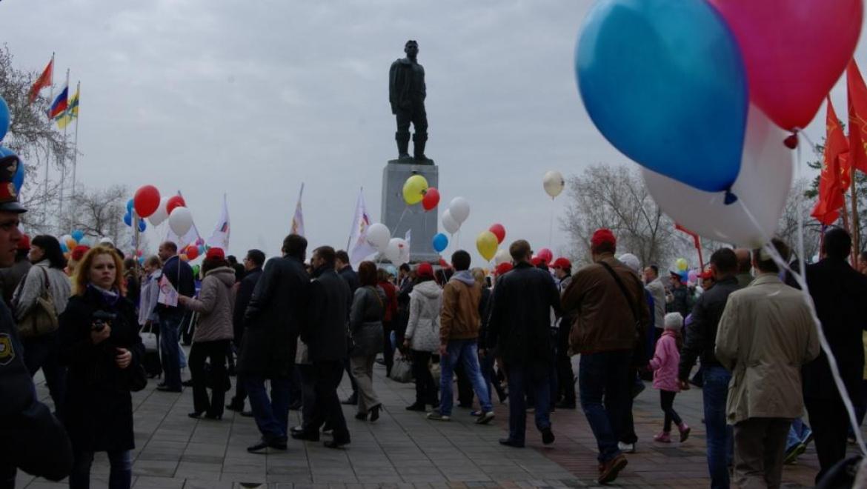 Профсоюзы попросили Паслера разрешить первомайские шествия в Оренбуржье